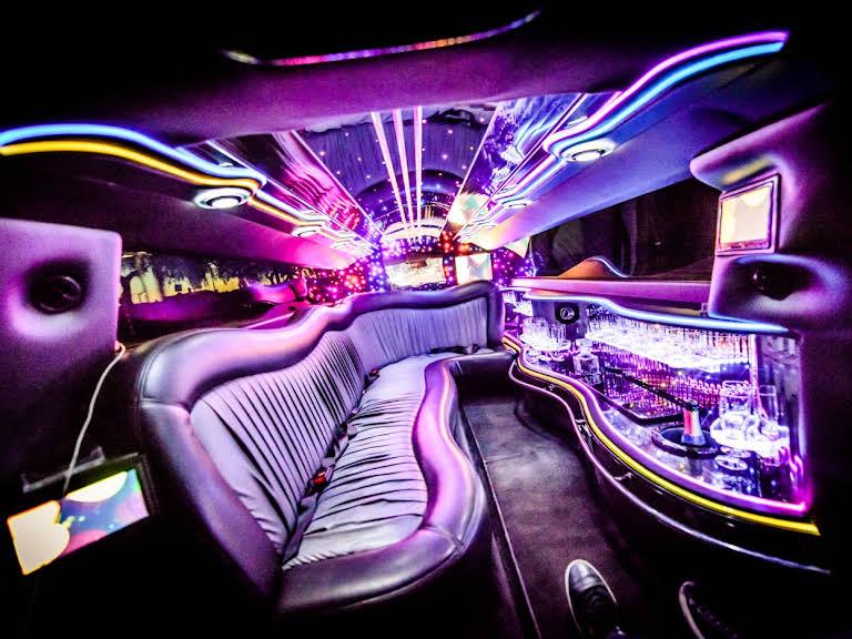Chrysler 300C limousine Hire Stockholm
