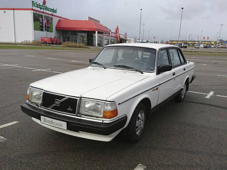 Volvo 244 Hire Helsingborg