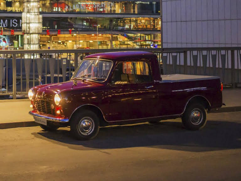 Austin Mini Pickup Hire Stockholm