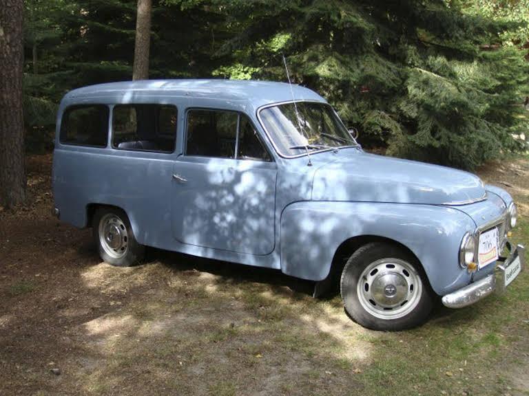 Volvo 210 Duett Hire Gullbrandstorp
